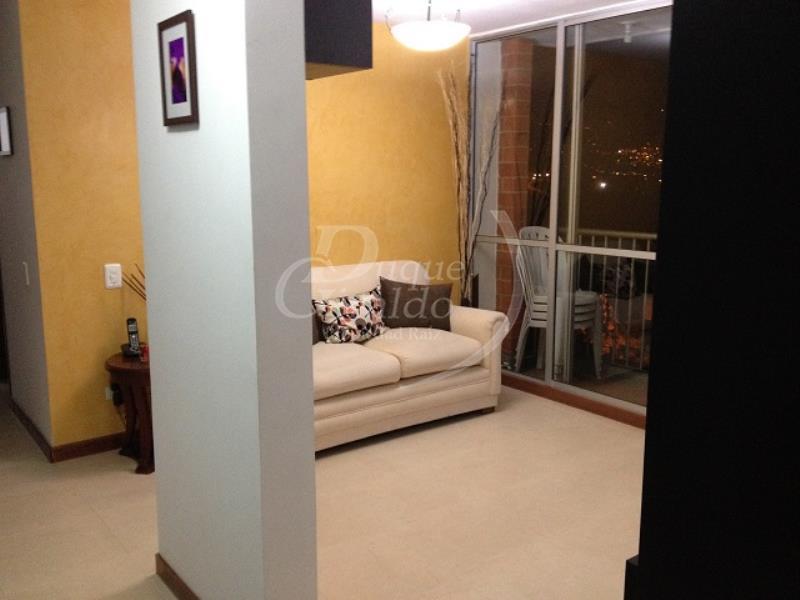 Apartamento en Cabañas,  Bello,  144597