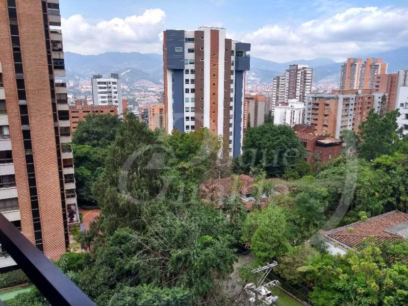 Apartamento en Arriendo en Medellin - Castropol