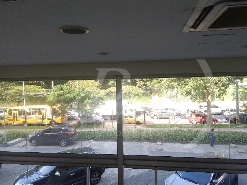 Local en Arriendo en Medellin - El Poblado