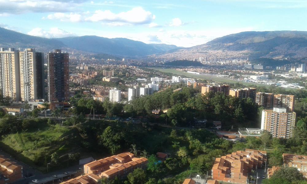 Apartamento en Arriendo en Medellin - Rodeo Alto