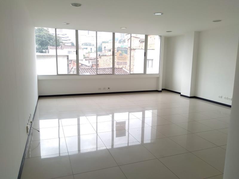 Oficina en Manila,  Medellín,  203039