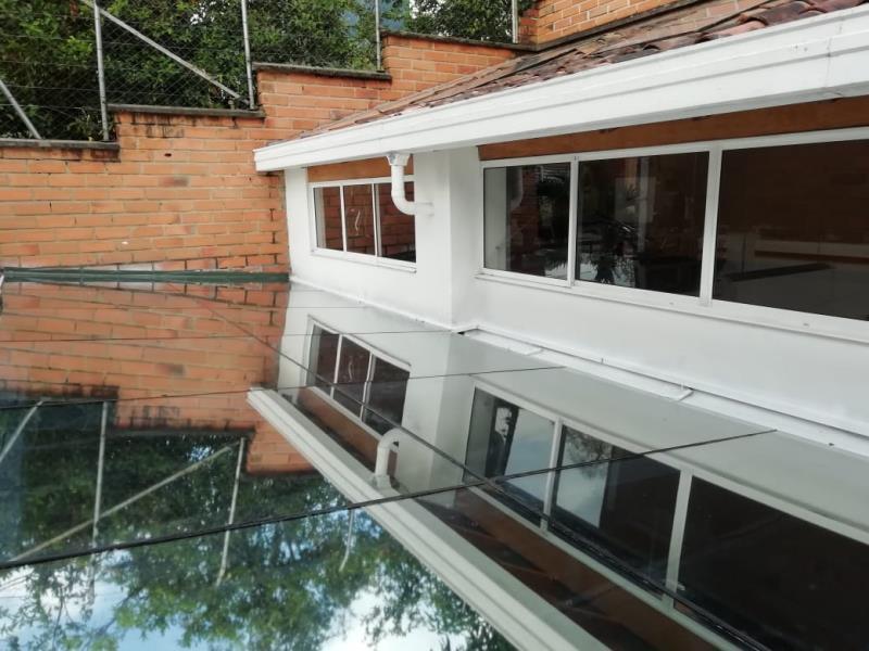 Casa en Venta en Envigado - El Escobero