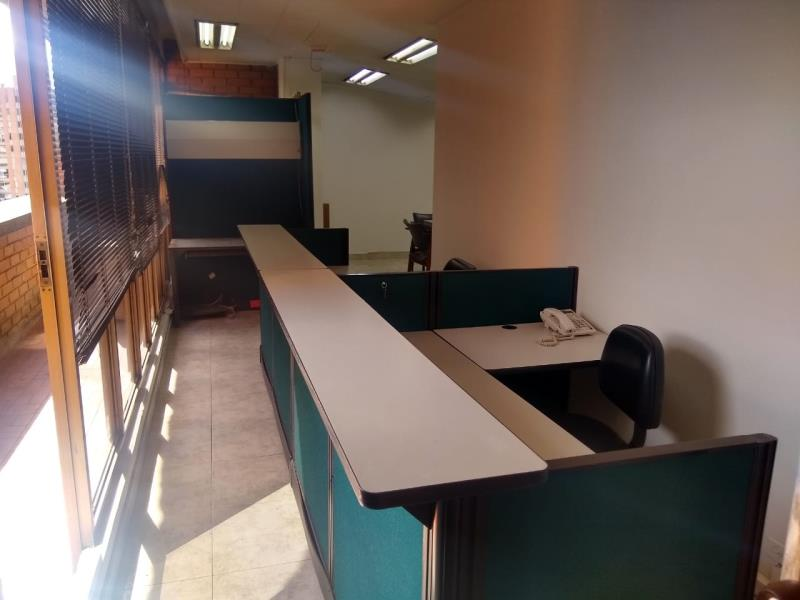 Oficina en Arriendo en Medellin - Suramericana